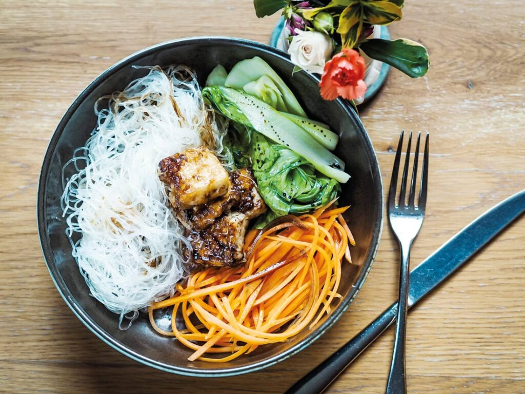 Tofu noodle bowl with pickled carrots