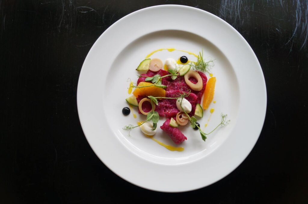 betroot-cured salmon