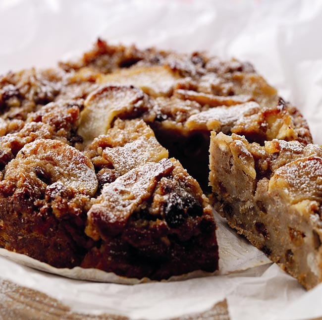 Apple and cider bread pudding