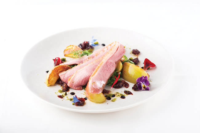 Duck with caramelised apples