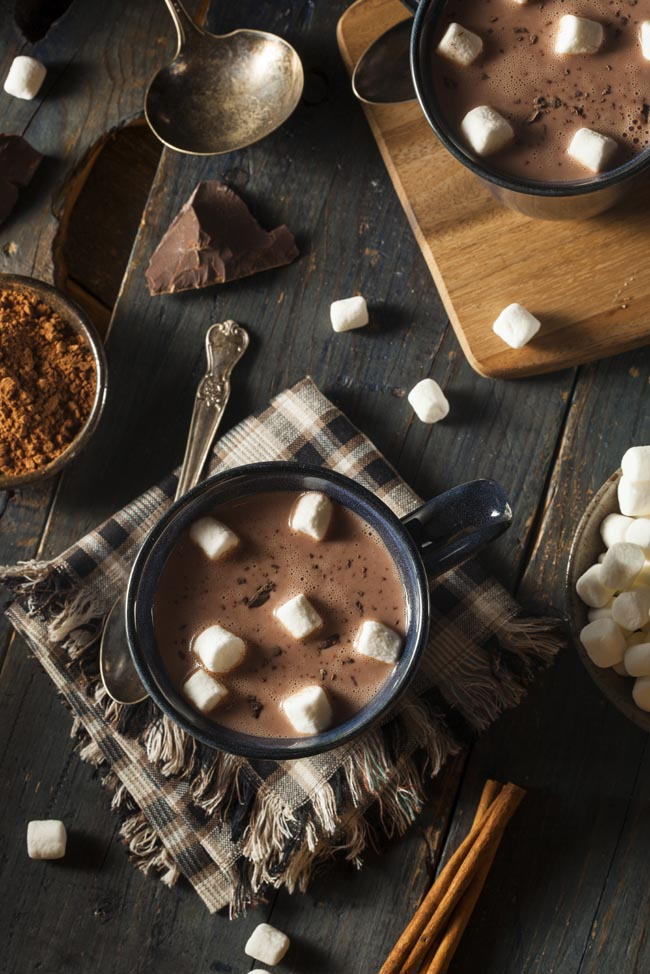 Vanilla and cinnamon hot chocolate recipe