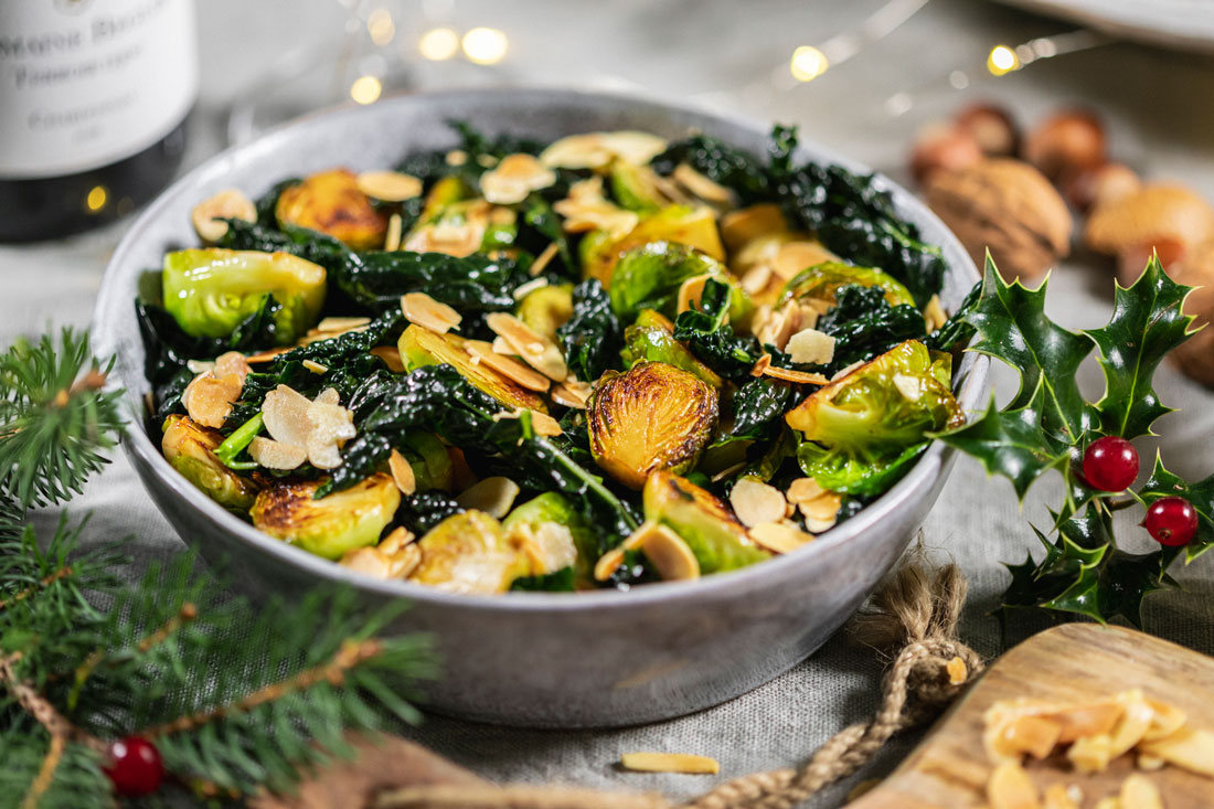 Brussel sprouts with kale and almonds