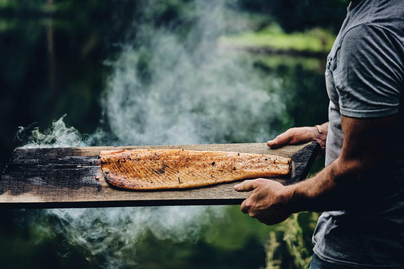 How to hot smoke salmon